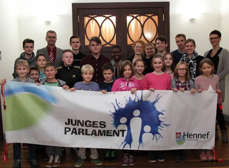 Junges Parlament: Erste Sitzung und Wahlen Quelle: Stadt Hennef