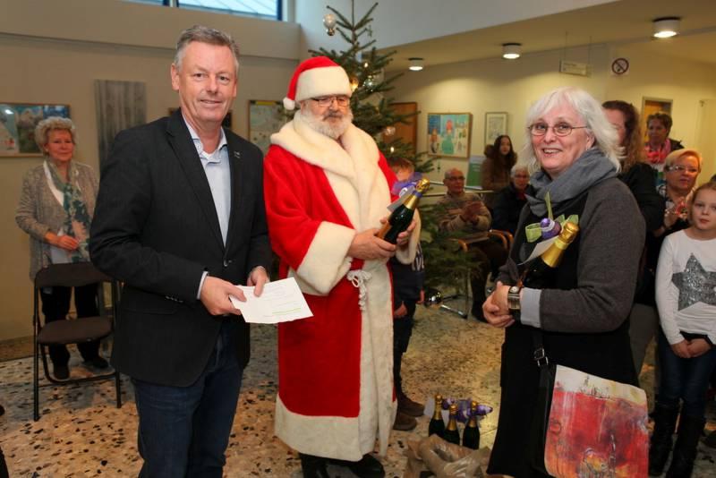 Nikolausfeier und Ausstellungseröffnung zum Rathaus-Adventskalender Quelle: Stadt Lohmar