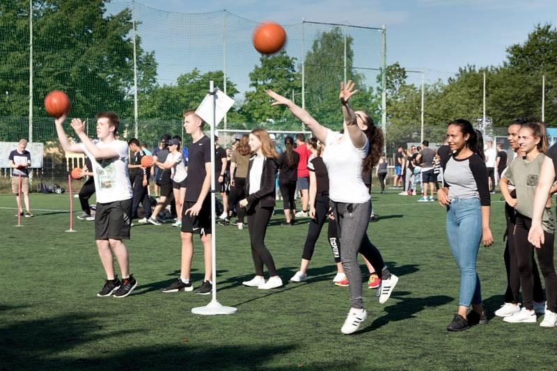 Sportfest der Höheren Handelsschulen des Berufskollegs des Rhein-Sieg-Kreises in Siegburg Quelle: Rhein-Sieg-Kreis