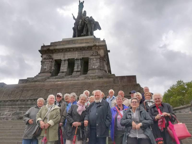 FRICHOLO auf Chorfahrt Die Singgruppe der Villa Friedlinde am Deutschen Eck