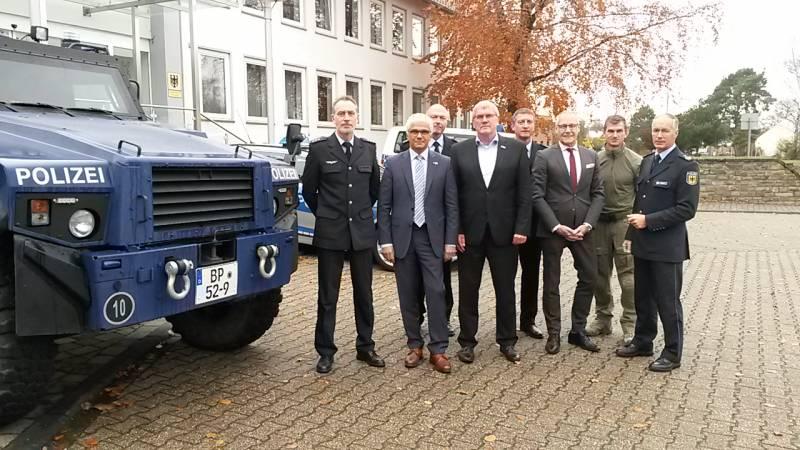 Landrat Sebastian Schuster bei der Bundespolizei in Sankt Augustin Quelle: Stadt Siegburg