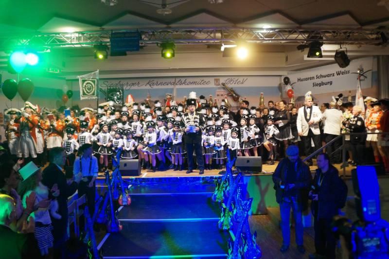 Prunksitzung der KG Husaren Schwarz-Weiß Siegburg am 27. Januar 2018 erstmals in der Rhein-Sieg-Halle