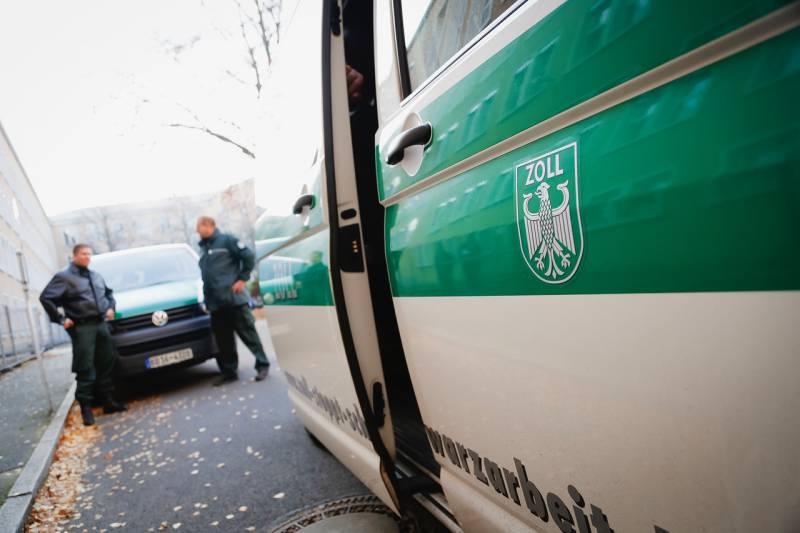 Kölner Zoll ermittelte 39 Mal  wegen nicht gezahlter Mindestlöhne Gewerkschaft kritisiert Lohn-Prellerei im Rhein-Sieg-Kreis