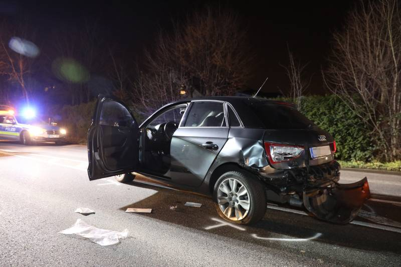 16-jährige Beifahrerin bei Verkehrsunfall schwer verletzt in Sankt Augustin-Birlinghoven