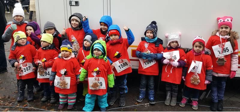 Lebkuchen-Medaille für die Kita-Kinder Sportaktion der Kita Lambertusstraße