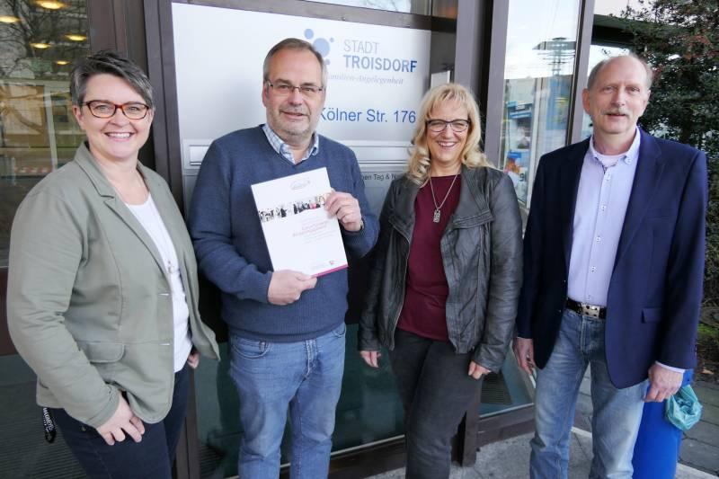 Troisdorf unterstützt Bürgerengagement Landesweites Netzwerk für das Ehrenamt