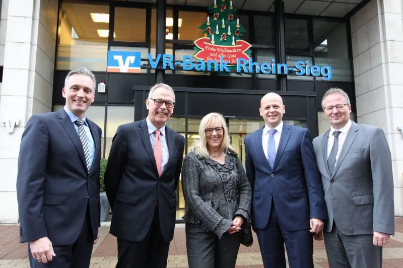 Spende der VR-Bank Rhein-Sieg Troisdorfer Altenhilfe erhielt 2.500 Euro