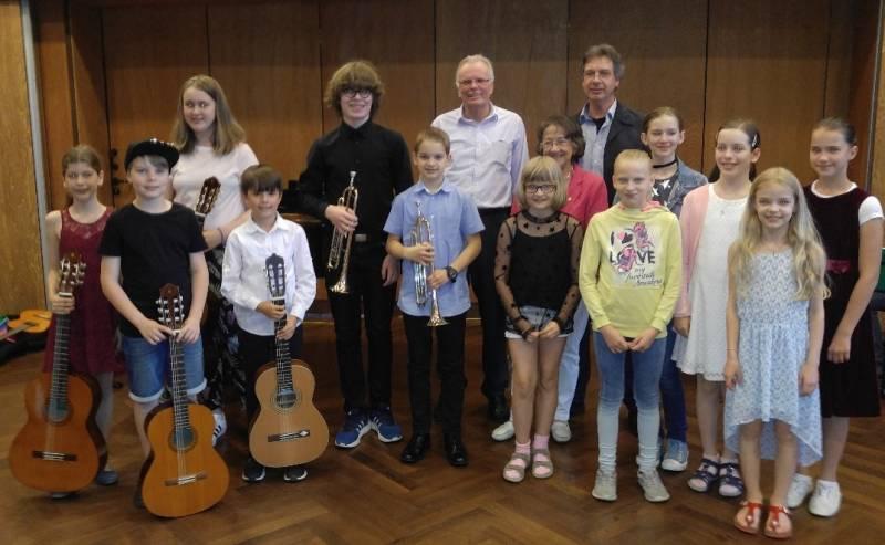 """Junge Talente überzeugten ihr Publikum Preisträgerkonzert der Wettbewerbe """"Musizierende Jugend"""" und """"Jugend Musiziert"""""""