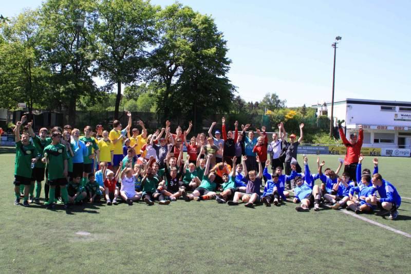 Verschwitzt, aber glücklich Förderschule des Rhein-Sieg-Kreises holt Titel beim Sommer-Fußballturnier