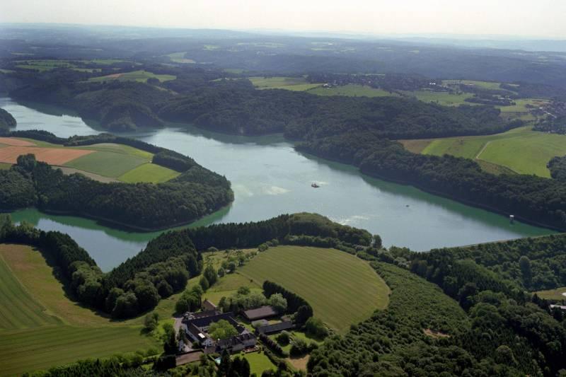 (Trink-)Wasser ist Leben Feierabendradtour mit dem ADFC zur Wahnbachtalsperre