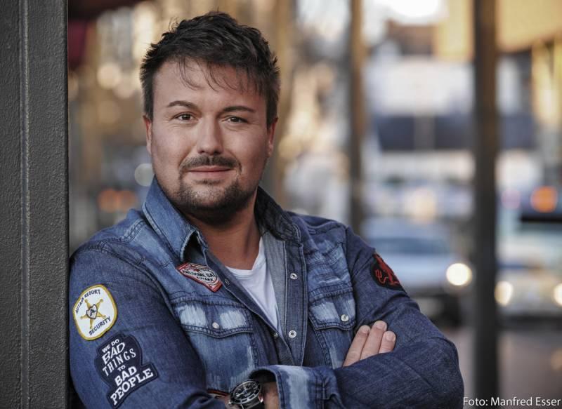 Alexander Martin aus Hennef macht seine Lieder zu Hits Quelle: Zeitpunkte Medien