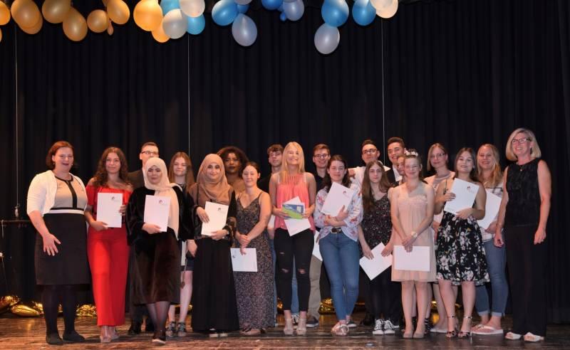 134 Absolventinnen und Absolventen feierlich verabschiedet Quelle: Rhein-Sieg-Kreis