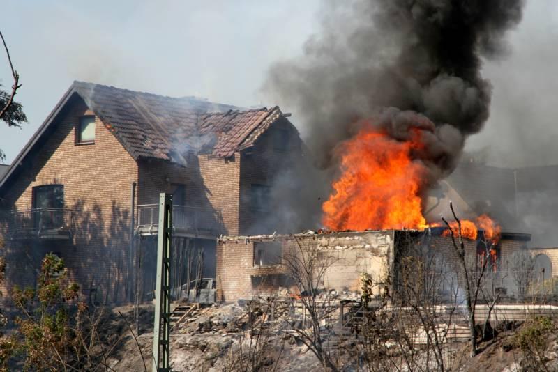 Brandermittlungen dauern an Großbrand in Siegburg