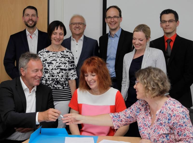 Schülerinnen und Schüler des Wirtschaftsgymnasiums profitieren von Kooperation Quelle: Siegburg