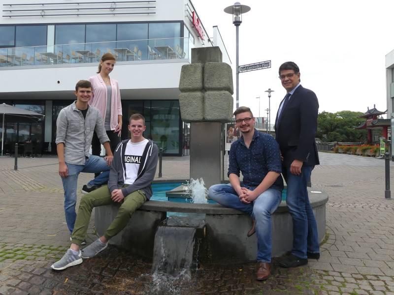 Auszubildender zum Fachangestellten für Bäderbetriebe unter den drei Besten in Nordrhein-Westfalen Quelle: Stadt Sankt Augustin