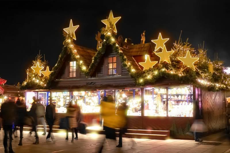 Der etwas andere Weihnachtsmarkt:  Festliche Stimmung auf Burg Wissem Quelle: Stadt Troisdorf