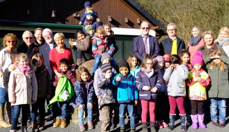 BürgerStiftungLohmar fördert Forscherrucksäcke der Naturschule Aggerbogen Quelle: BürgerStiftungLohmar