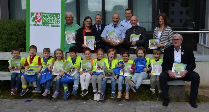 Für die Verkehrssicherheit der i-Dötzchen – Start der Schulwegaktion Quelle: Rhein-Sieg-Kreis