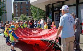 01400 69.199 Modellballonaufbau mit den Kita-Kindern(P000785779)