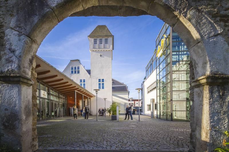 Studium zum Anfassen an der IUBH in Bad Honnef Quelle: IUBH Internationale Hochschule