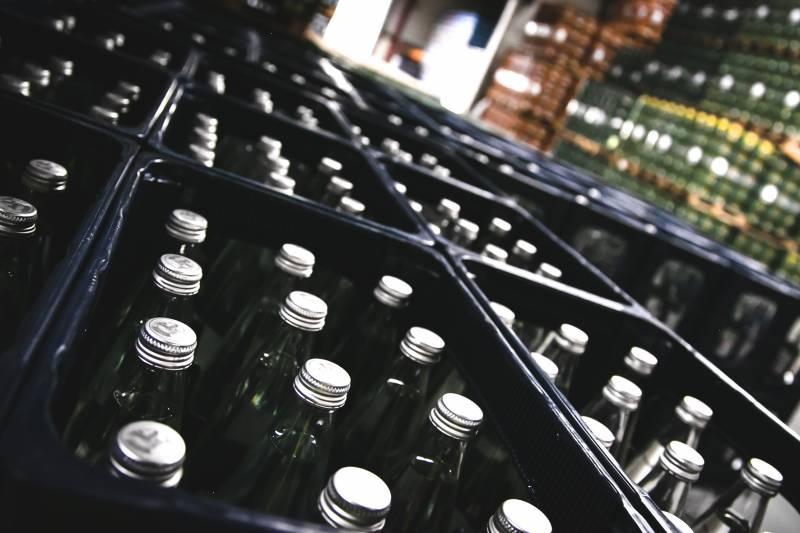Mehrwegflaschen für Klimaschutz und Arbeitsplätze im Rhein-Sieg-Kreis Quelle: NGG