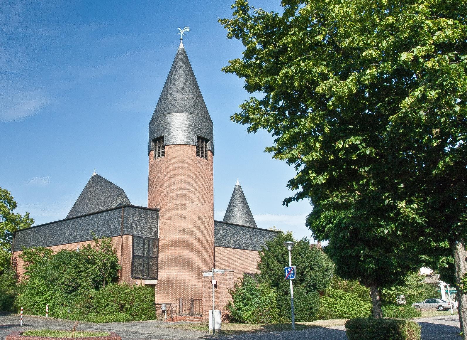 Kirche Sankt Adelheid Müllekoven