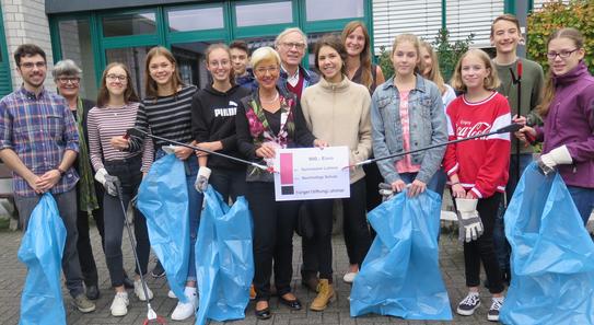 "BürgerStiftungLohmar fördert das  Projekt ""Nachhaltige Schule"""