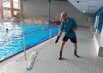 Wie im Oktopus-Hallenbad für Sauberkeit und Hygiene gesorgt wird