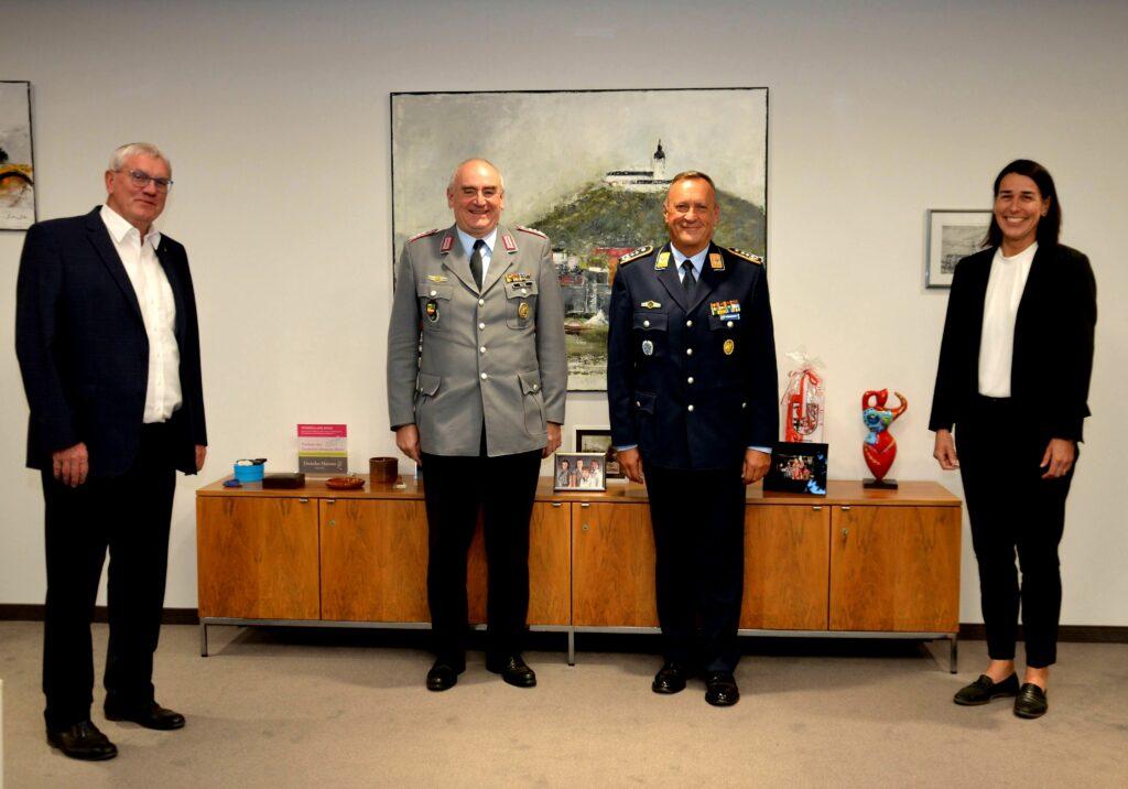 Landrat empfängt neuen Standortältesten der Brückberg-Kaserne