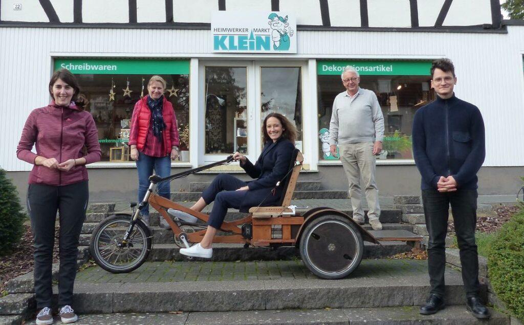 Hochschule Bonn-Rhein-Sieg und Bolle helfen transportieren