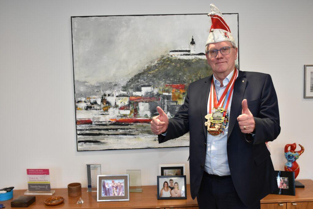 Jeck bliev Jeck – Landrat Sebastian Schuster erhält Sessionsorden verschiedener Karnevals-Gesellschaften
